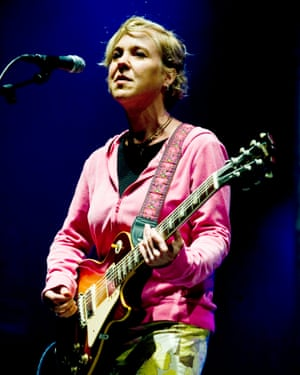 Kristin Hersh performing with Throwing Muses at Primavera Sound, Barcelona, Spain, 29 May 2009.