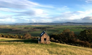 Guardswell Farm - a cabin on a hillside in Perthshire, Scotland
