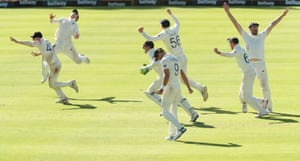 England celebrate winning the second test on day FIVE!