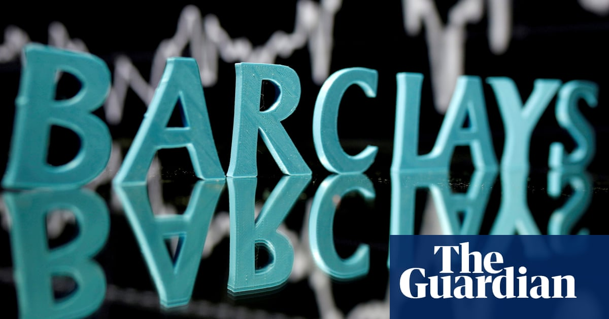Barclays raises size of its bonus pool to £1bn as Covid restrictions ease
