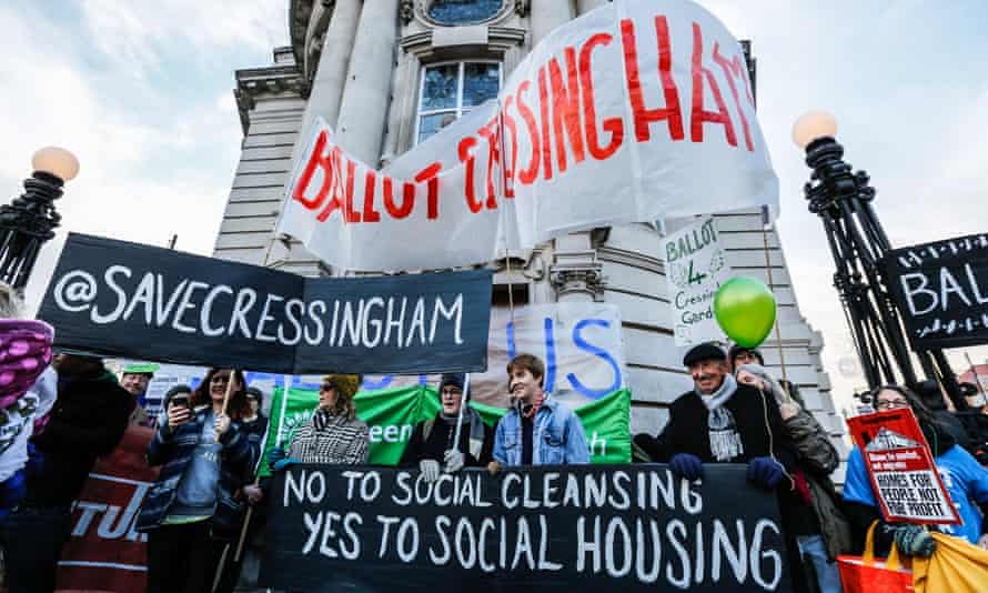 Tenants and supporters marched from Cressingham Gardens to Lambeth Town Hall in Brixton in 2017 to demand a ballot on the planned redevelopment.