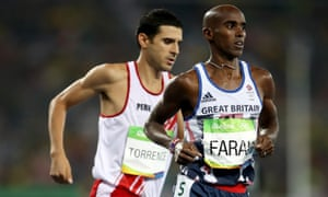 David Torrence (left) competing against Mo Farah at the 2016 Olympics