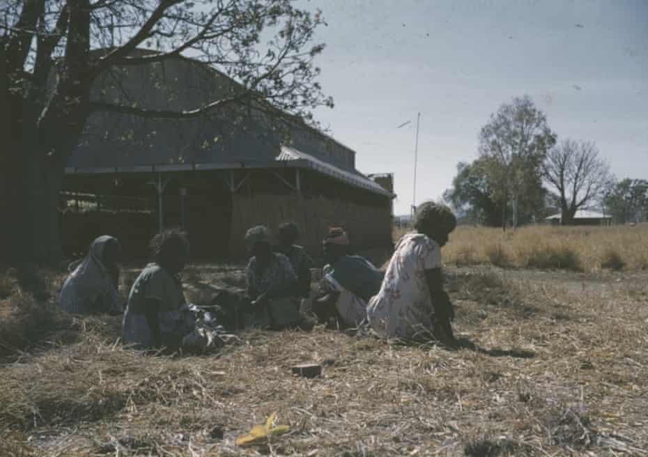 Oombulgurri residents wait for rations in 1958