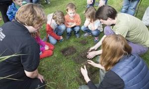 Citizen scientists taking part in Earthworm Watch
