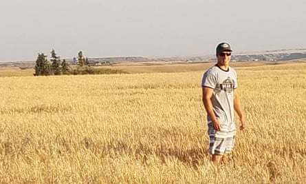 Overcoming challenges in Farming Simulator is 'a type of accomplishment' … Nick Welker on his 10,000 acres.