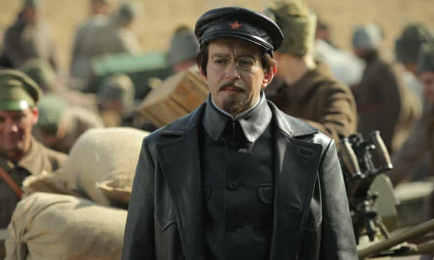 Konstantin Khabensky as Leon Trotsky.