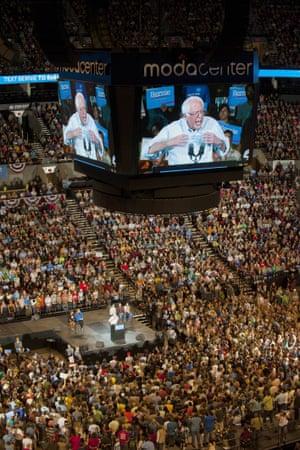 Bernie Portland rally