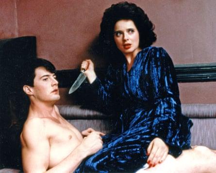 Rossellini opposite Kyle MacLachlan in David Lynch's Blue Velvet