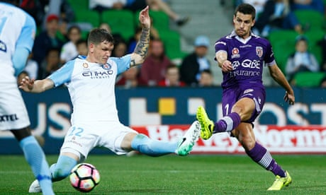 Perth Glory post rare away win to move within a game of A-League grand final