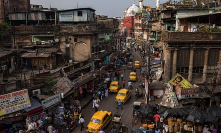The Rabindra Sarani, formerly known as Chitpur Road and regarded as Kolkata's oldest street.