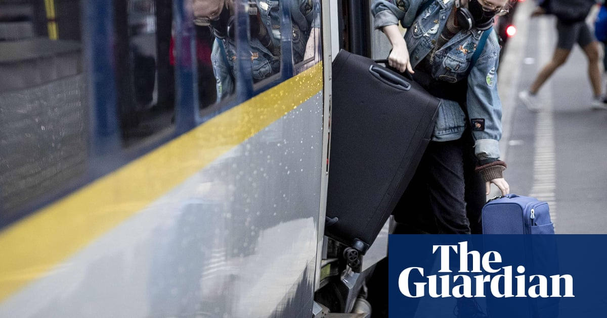 Holidaymakers urged to take extra travel insurance post-Brexit - the guardian