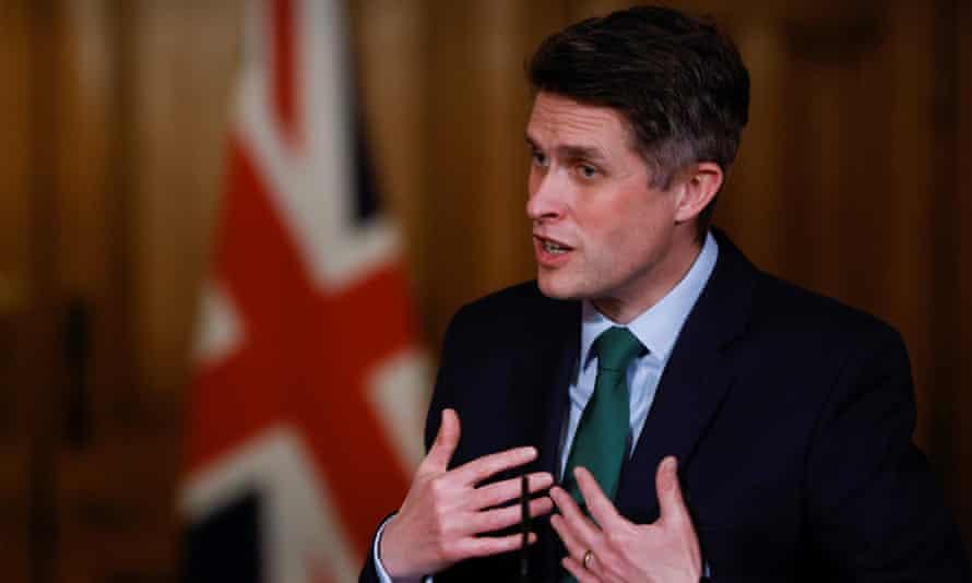 Gavin Williamson at the No 10 press briefing