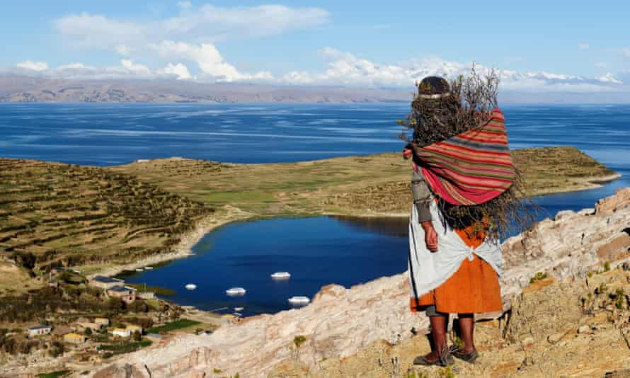 Isla del Sol on the Titicaca lake, the largest high-altitude lake in the world
