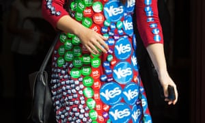 Badges supporting sides in the Scottish referendum