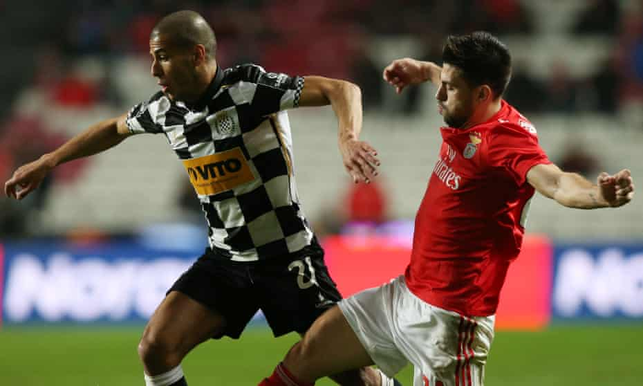 Aymen Tahar (left) in action for Boavista at Benfica in January 2019.