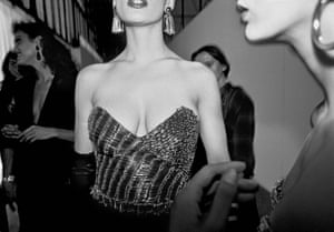 Parigi 1987 Moschino fashion show. Backstage. 1987.