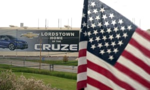 A US flag flies near the Lordstown, Ohio, Chevrolet factory. Workers for General Motors spent more than a month on the picket line here.