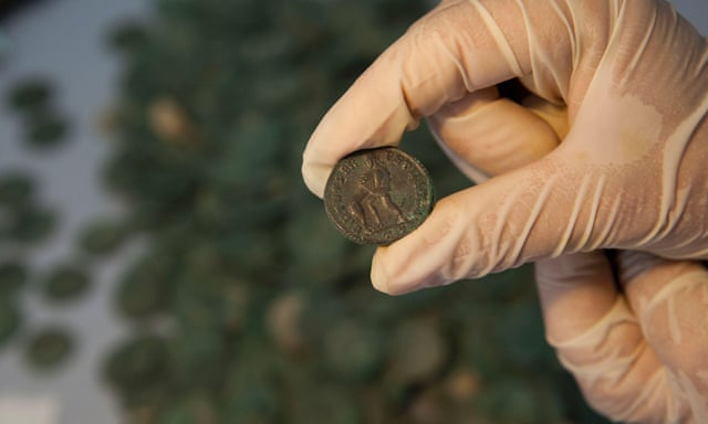Massive 600kg haul of ancient Roman coins unearthed in Spain