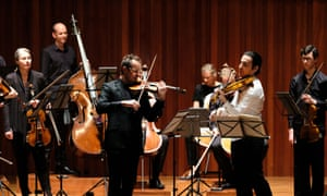 Richard Tognetti and Nathan Braudewith the Australian Chamber Orchestra.