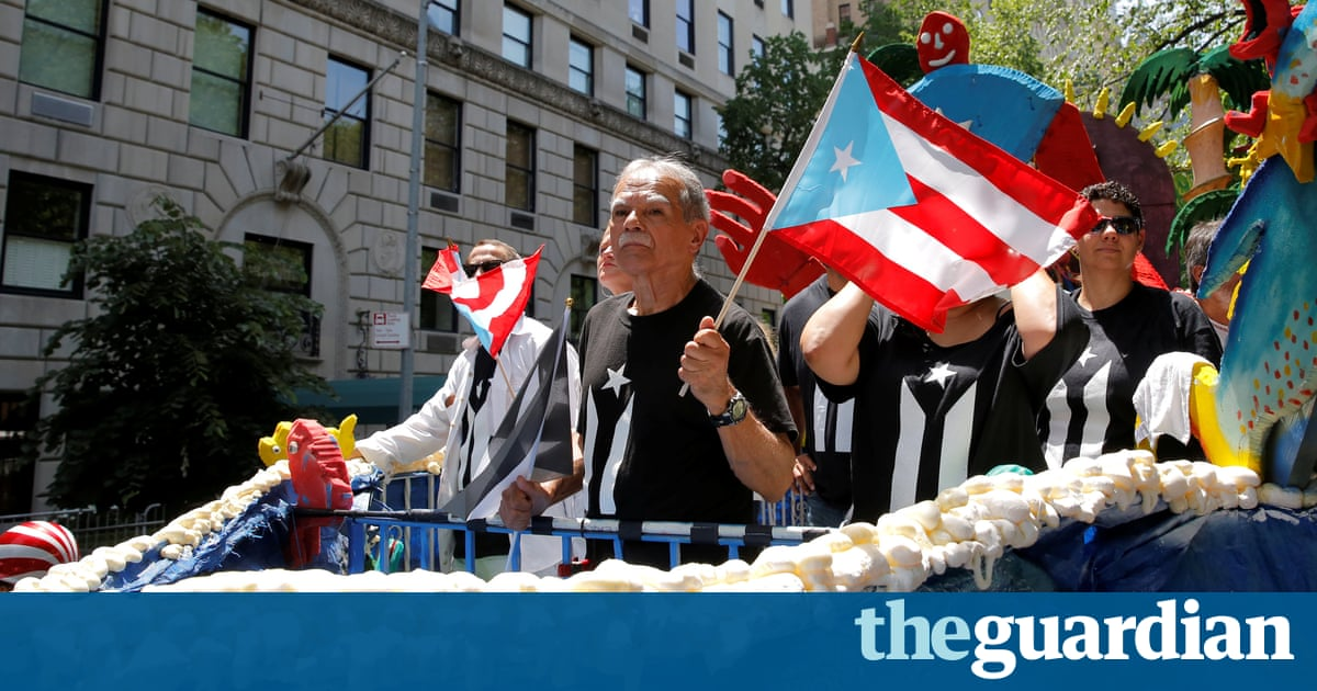 c84ed833245 reuters.com Oscar López Rivera polarizes crowds at Puerto Rican Day parade