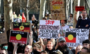 Protesters outside the Rio Tinto office in Perth