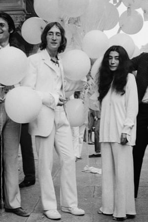 John Lennon and Yoko Ono launch an exhibition of his artwork in London, 1968.