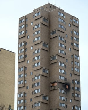 The high rise at 630 Cedar Avenue where an early morning fire left multiple people dead 27 November, in Minneapolis.