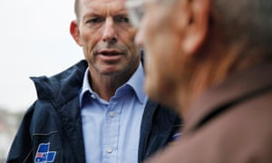 Tony Abbott campaigning at Manly wharf