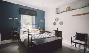 Double room at Langland Cove Guesthouse, Mumbles, Swansea