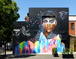 Vexta and ELLE, Collingwood
