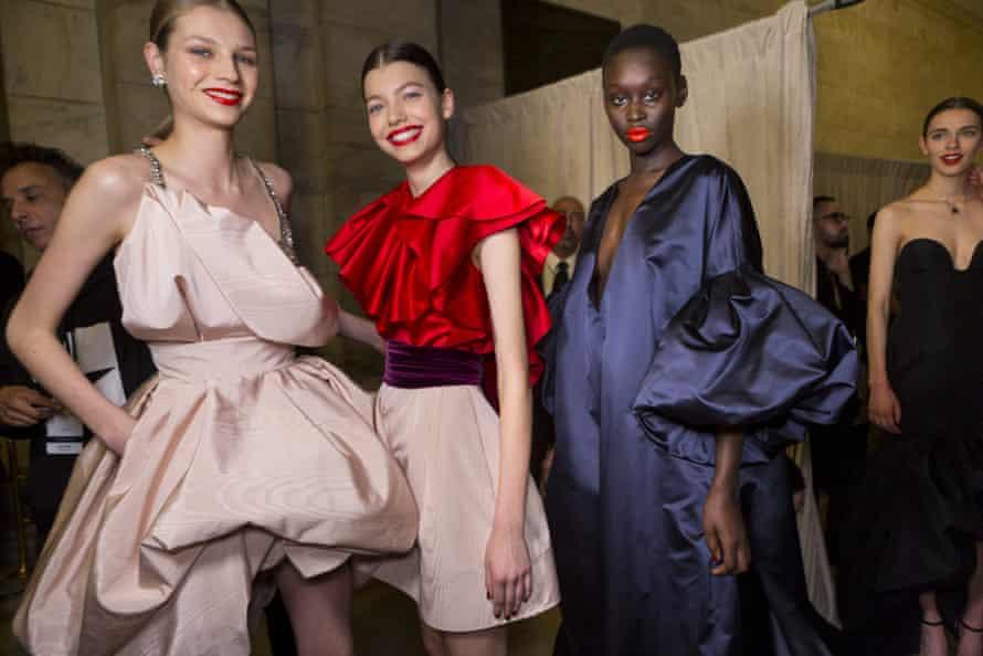 Models backstage at the Oscar De La Renta AW20 show.