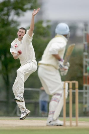 Steve Harmison bowls during the tour match against the Nicky Oppenheimer XI at Randjesfontein, Johannesburg in December 2004.