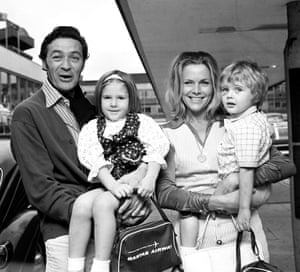 Honor Blackman with her then husband Maurice Kaufmann and her children Lotty and Barnaby head for a holiday in Australia in 1971