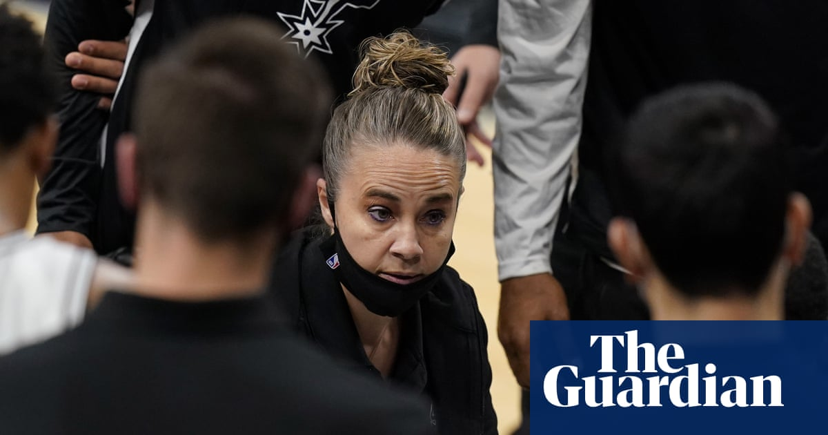 Spurs Becky Hammon becomes first woman to direct NBA team