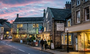 Christmas in Bakewell high street.