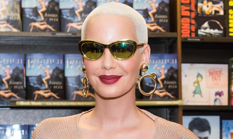 South Philly born and raised Amber Rose returns to Philadelphia to promote her new book 'How to Be a Bad Bitch'