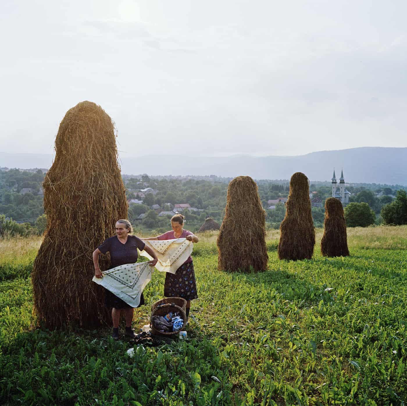 My best shot: Rena Effendi on haymaking in Transylvania