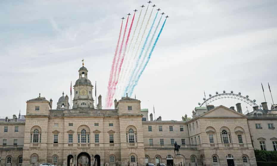 The Red Arrows over London on the 75th Anniversary of VE Day.