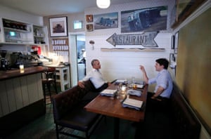 Montreal, Canada: The prime minister Justin Trudeau talks to the former US president Barack Obama at a restaurant