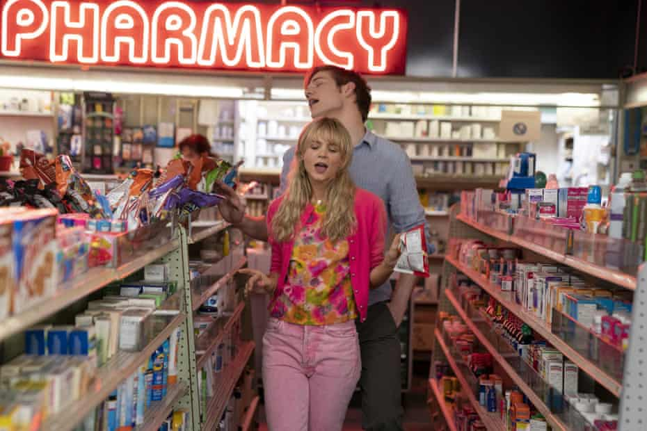 Carey Mulligan and Bo Burnham in a scene from Promising Young Woman