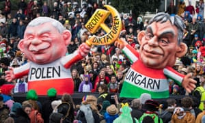 A float features Viktor Orban and Jaroslaw Kaczynski at the Rose Monday parade.