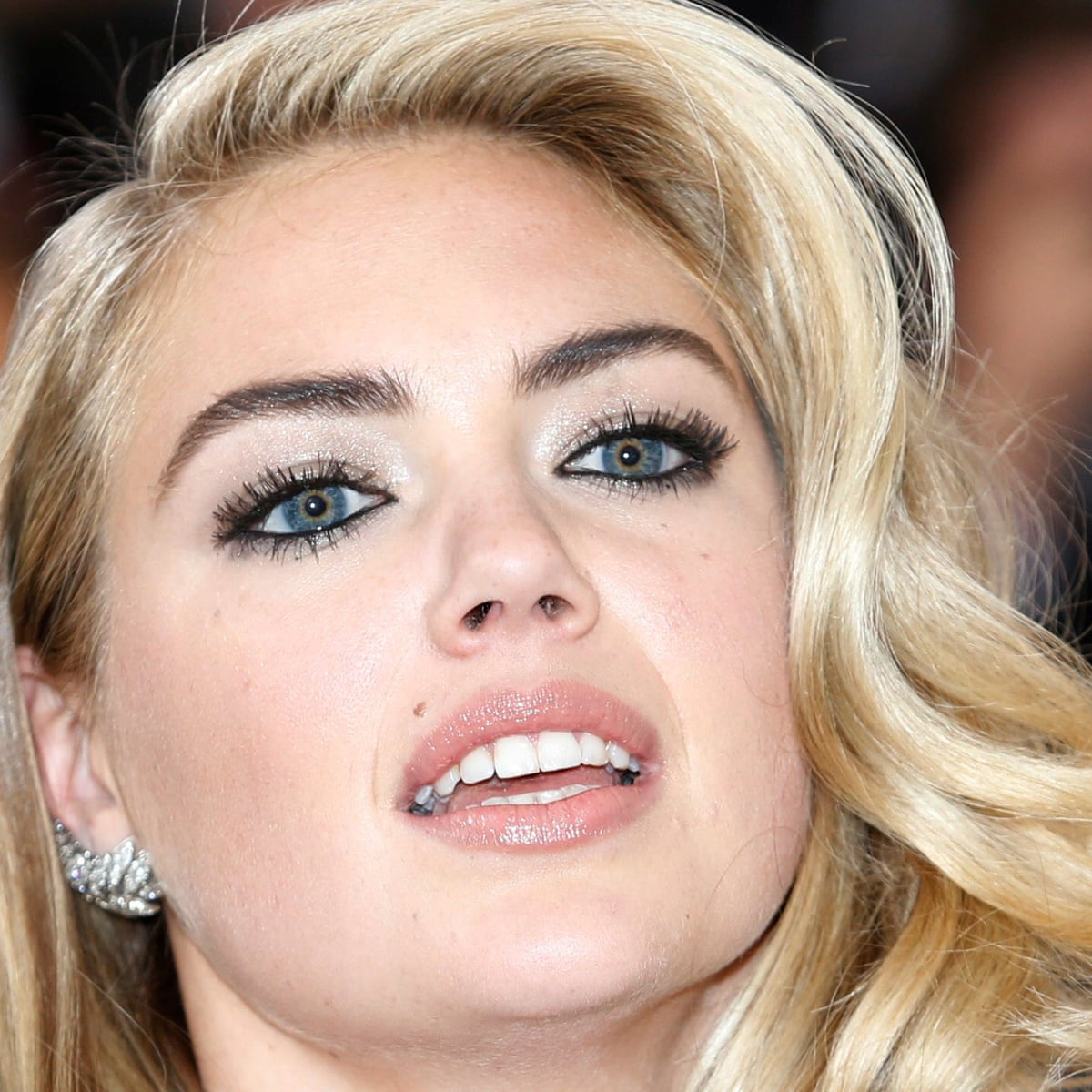 Kate Upton Accuses Guess Executive Of Sexual Harassment When She Was 18 Sexual Harassment The Guardian