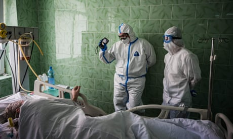 Coronavirus live news: Trump pushes to open churches as Brazil death toll passes 20,000