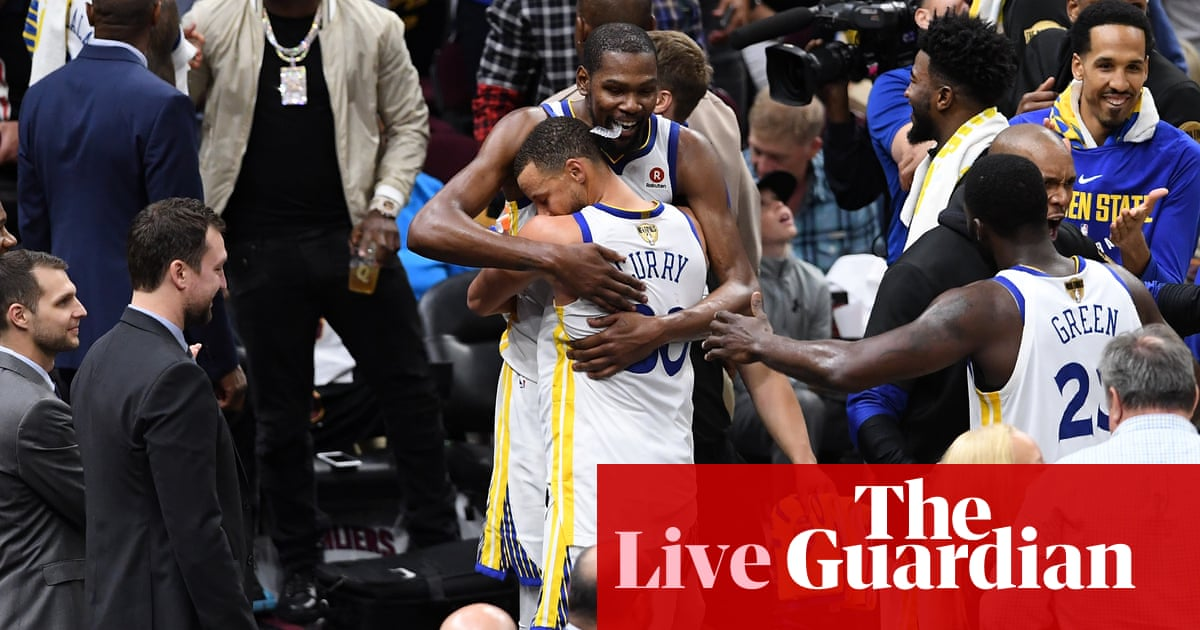 53687d6db NBA finals  Golden State Warriors beat Cleveland Cavaliers to claim title –  as it happened