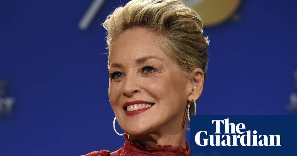 Sharon Stone: cosmetic surgeon enlarged my breasts without consent