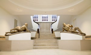 "Bethlem Gallery and Museum with statues ""Raving and Melancholy Madness"" by Caius Gabriel Cibber"