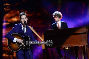 Douwe Bob representing the Netherlands performs the song 'Slow Down'