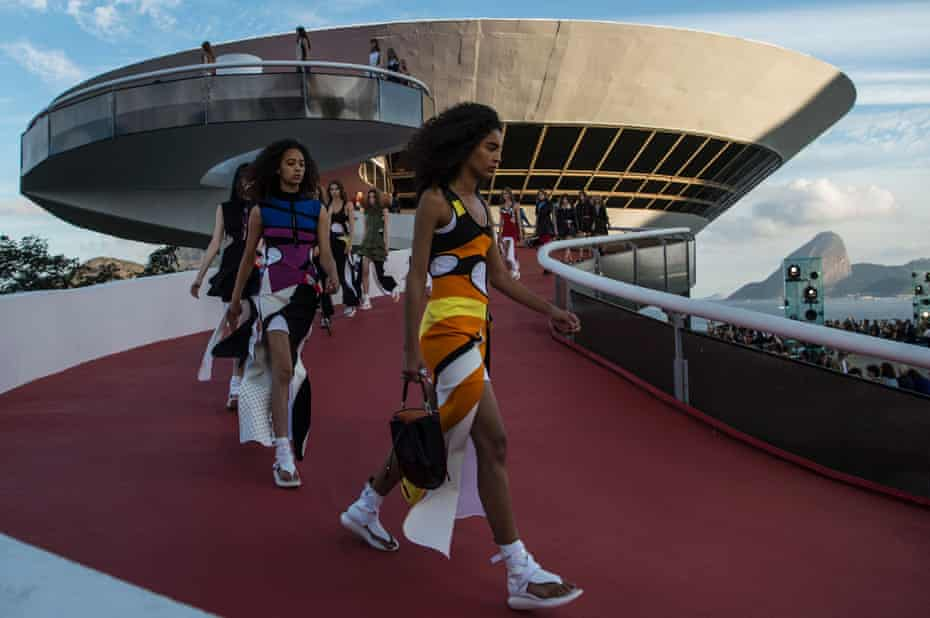 Models at the Louis Vuitton 'Cruise' 2017 collection at the Contemporary Art Museum in Niteroi, Brazil.