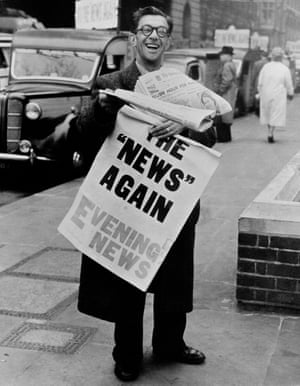 A vendor with copies of the Evening News after the Fleet Street strike on 21 April 1955