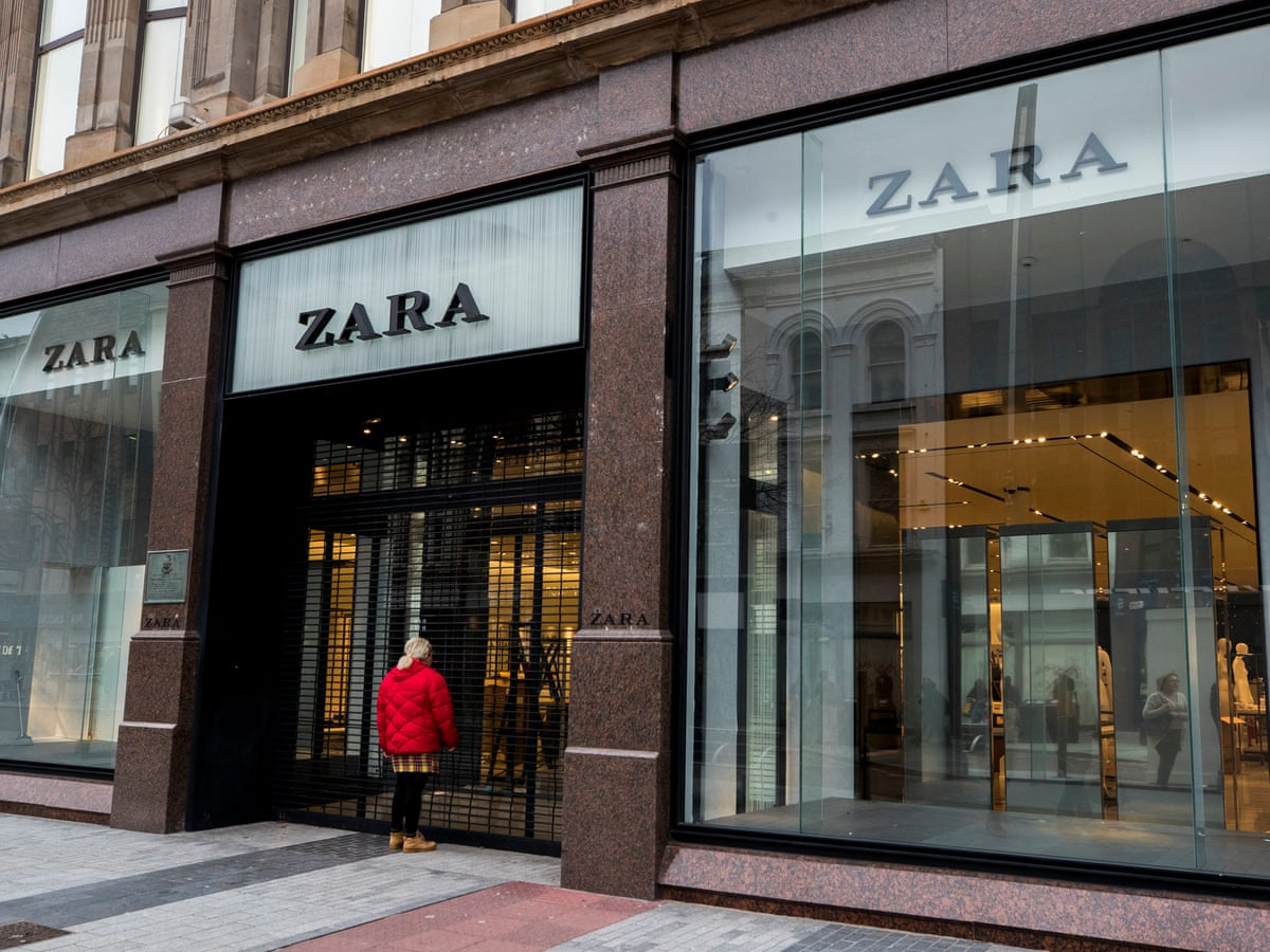 Zara Owner To Close Up To 1 200 Fashion Stores Around The World Retail Industry The Guardian